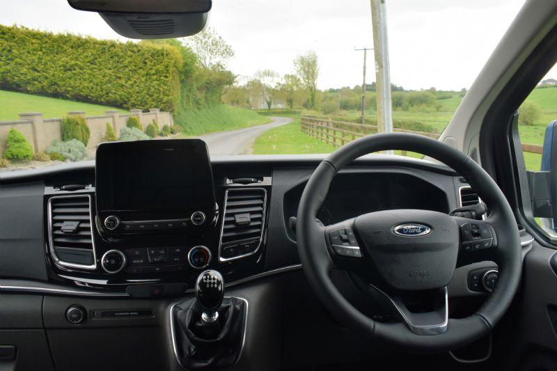 2019 Ford Tourneo Custom Family 320 L1 Titanium 2.0 TDCi 130PS