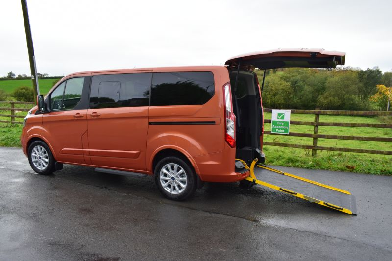 Ford Tourneo Custom Freestyle 320 L1 Titanium X 2.0 TDCi 130PS