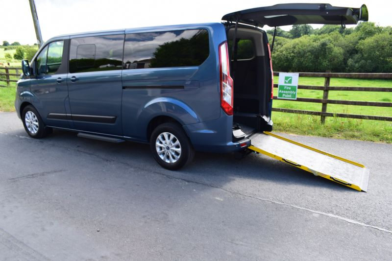 Ford Tourneo Custom Freeway 320 L2 Zetec 2.0 TDCi 105PS