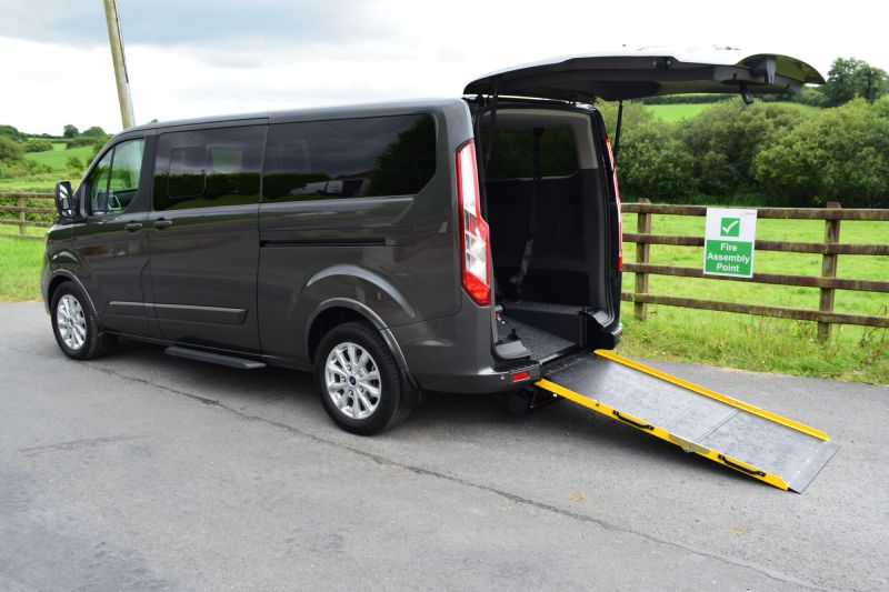 Ford Tourneo Custom Freeway 320 L2 Titanium 2.0 TDCi 130PS
